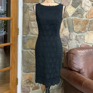 Kay Unger black embroidered sheath dress size 10